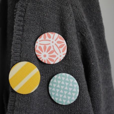 Le lot de 3 badges