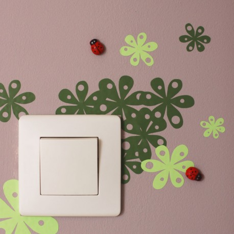Le sticker Nature & ses coccinelles